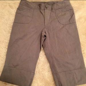 Banana republic Bermuda shorts capri 98% cotton